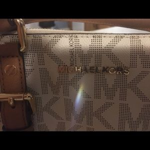 Michaels Kors Bag. Like new condition. Used once